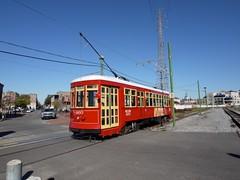 木, 2010-12-02 09:40 - 路面電車 Streetcar (Riverfront line)  French Quarter, New Orleans