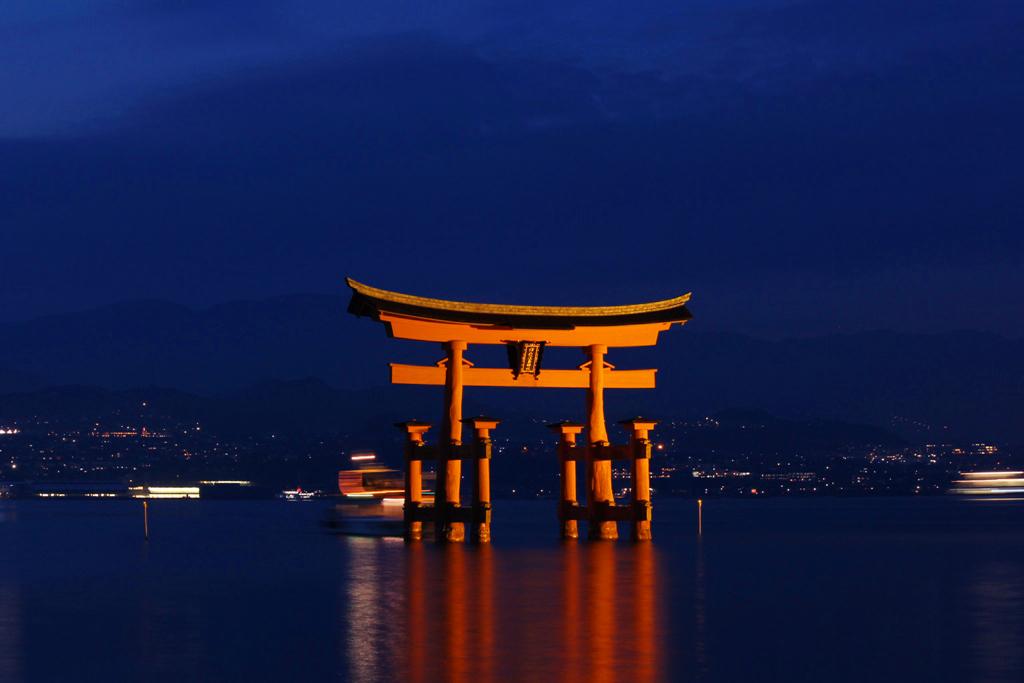 Miyajima Night Photo (3)