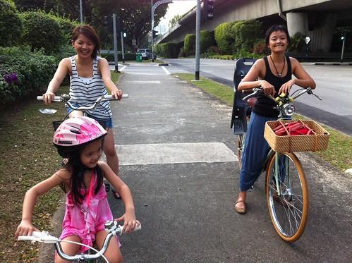 cycling to marina bay with jessi