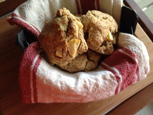 Apple oat scones