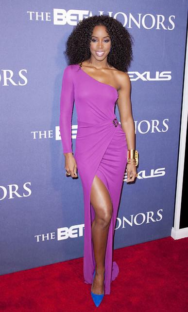 Kelly Rowland ai BET Honors 2012 vestita da Roberto Cavalli