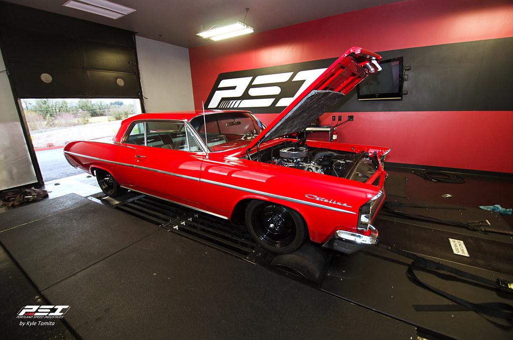 1963 Pontiac Catalina on the dyno at PSI
