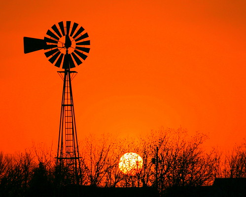WEST TEXAS SUNSETS ARE HARD TO BEAT