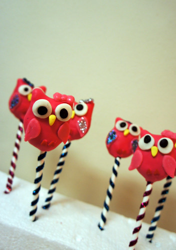 Owl Birthday Cake Pops by BAKECupcakery