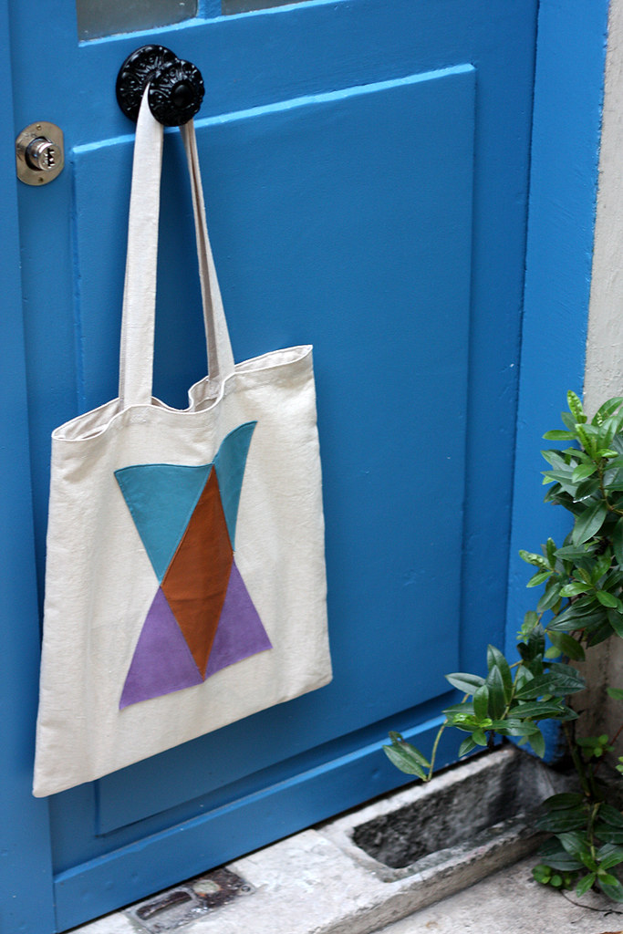 totebag leather and triangles