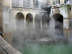 fountain(0.0), arch(1.0), water feature(1.0), architecture(1.0), thermae(1.0),