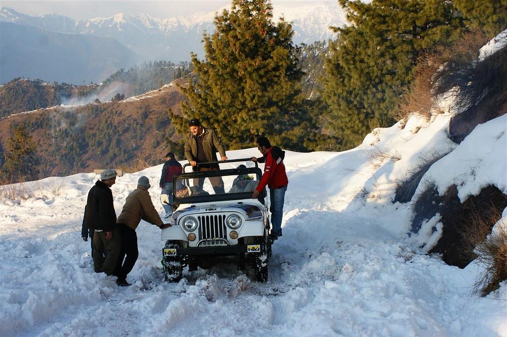 Muzaffarabad Jeep Club Snow Cross 2012 - 6796515879 53f36d1059 b