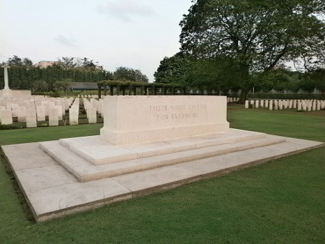 Madras-War-Cemetery-02