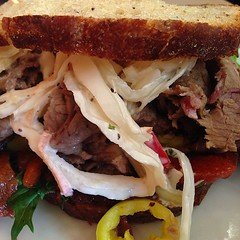 blt, sandwich, meal, lunch, pork, pulled pork, carnitas, food, dish, cuisine, roast beef,