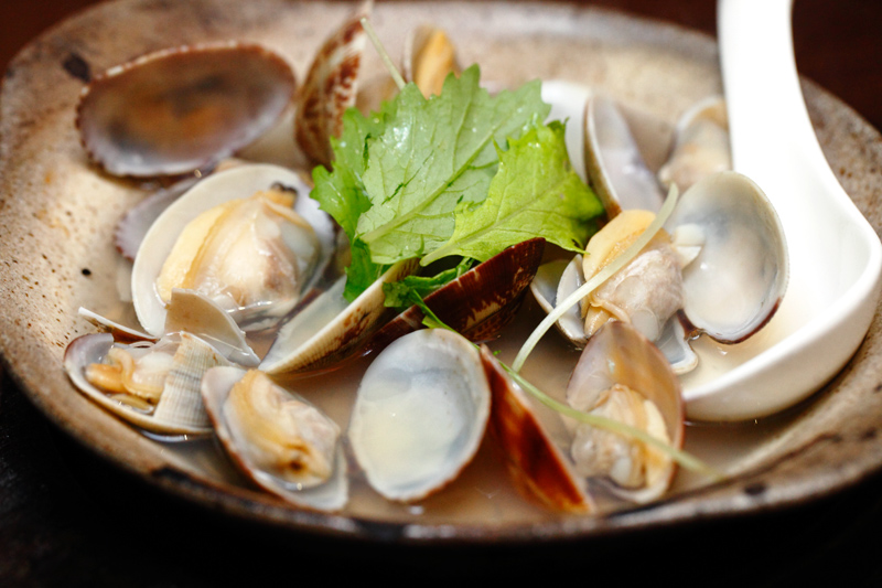 Steamed Clams in Sake