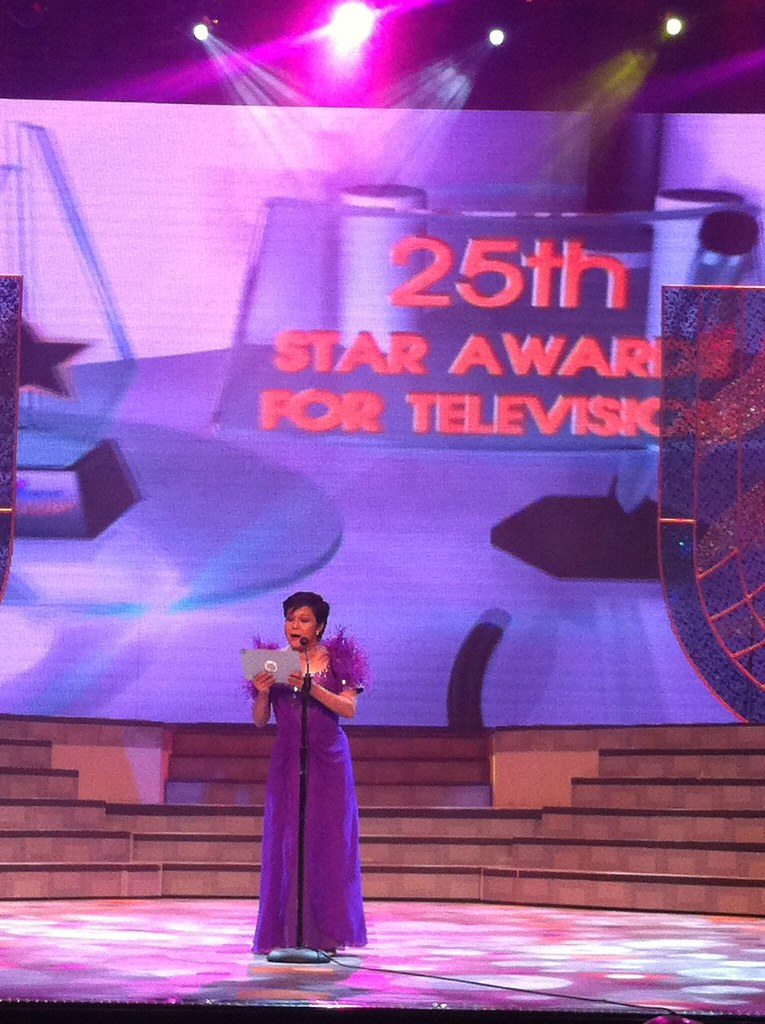 Nora Aunor at the PMPC Star Awards