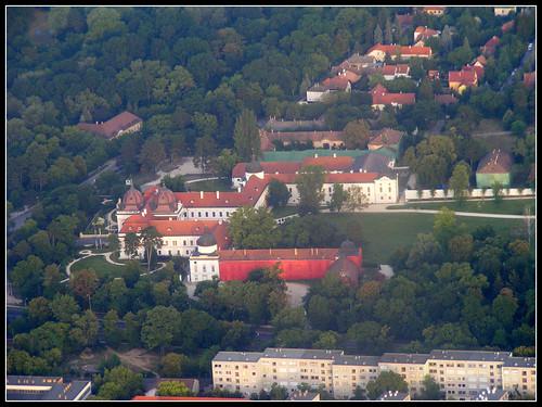 fly flying hungary air aerialview palace aerial aerialphotography aerialphotograph airshot godollo gödöllõ hungarianpalace