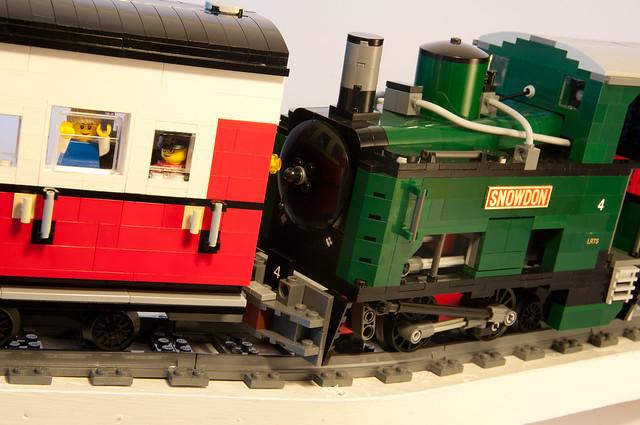 Geoff Abell's Snowdon train on Flickr