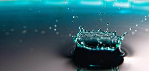 Aqua Crown by DisHippy