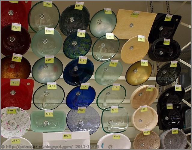 Nowoczesne zlewy szklane, kompozytowe i porcelanowe