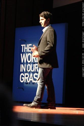 Suneel Gupta @ TEDx San Diego 2011    MG 3547