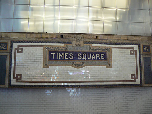 times square métro.jpg