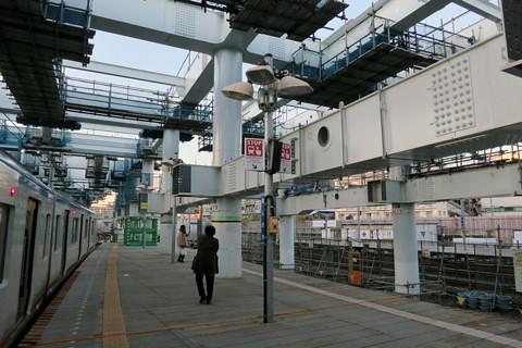 相鉄線星川駅の高架化工事