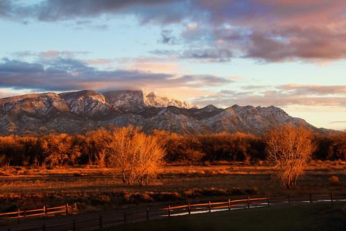 Sandia Mountains by switcherMark