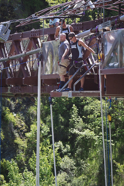 6518562915 dae2399e0f z Frame by Frame: The Anatomy of a Bungy Jump