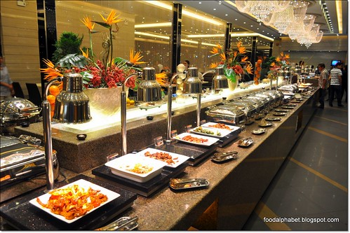 Peachy The Food Alphabet And More Buffet 101 Dine In 5 Star Luxury Home Interior And Landscaping Oversignezvosmurscom