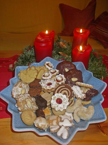 Frohe Weihnachten euch allen mit einem Plätzchenteller