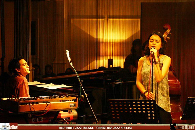 Red White Jazz Lounge - Christmas Jazz Special (15)