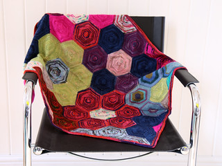 Cerys Hexagon Blanket
