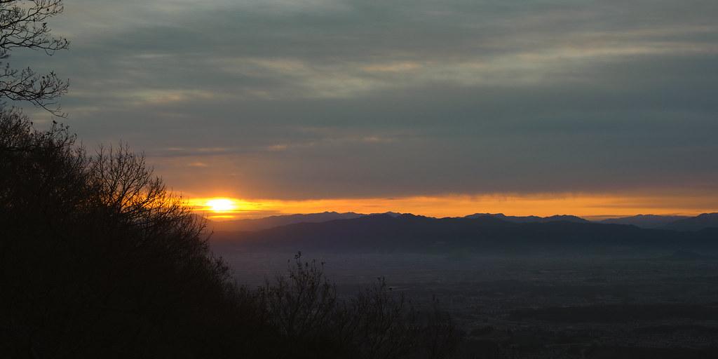 The first sunrise on Mt. Shigi 7:12