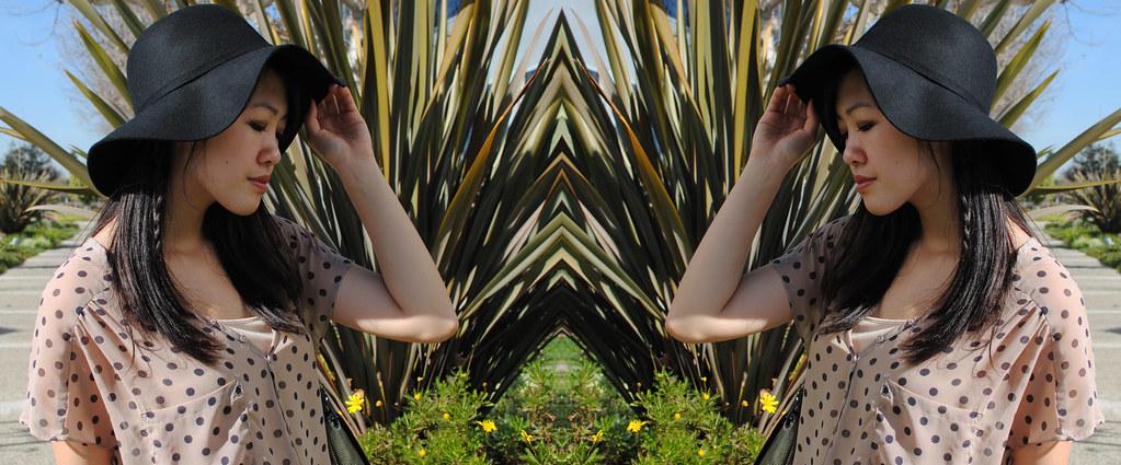 1 mirrored 2