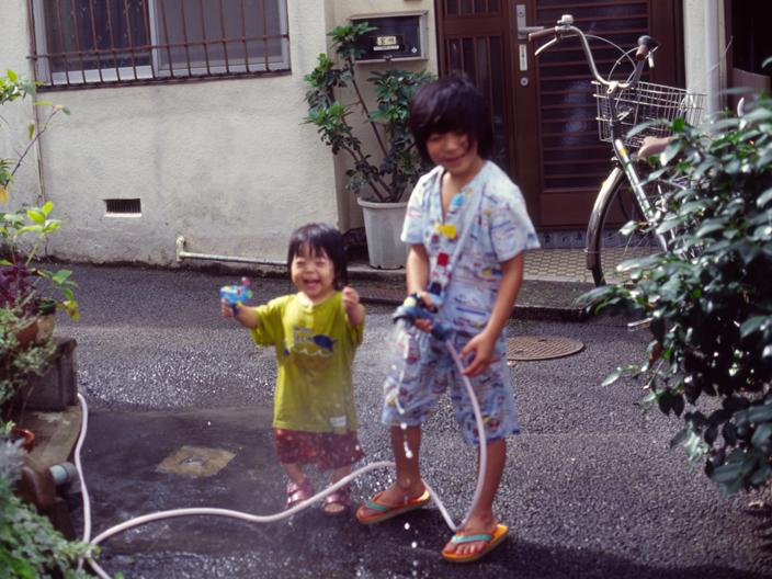 20120104_Nikon_FE2_Ai50mmF1.4_KODAK_E100G-6-04