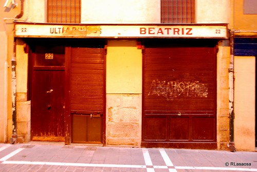 """Fachada de la famosa tienda """"Pastas Beatriz"""", en la calle Estafeta"""
