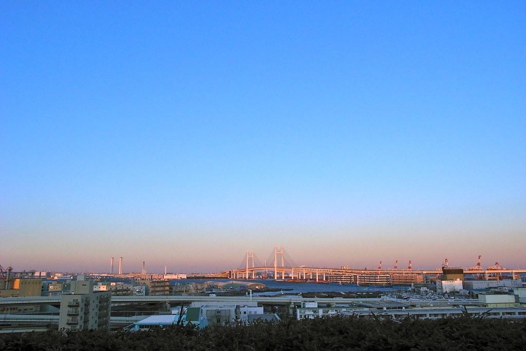 バニラ色の横浜ベイブリッジ