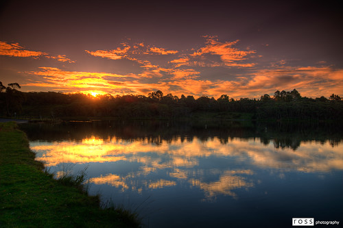 159/365 - Sunset over Wentworth Falls Lake by Ross Photography