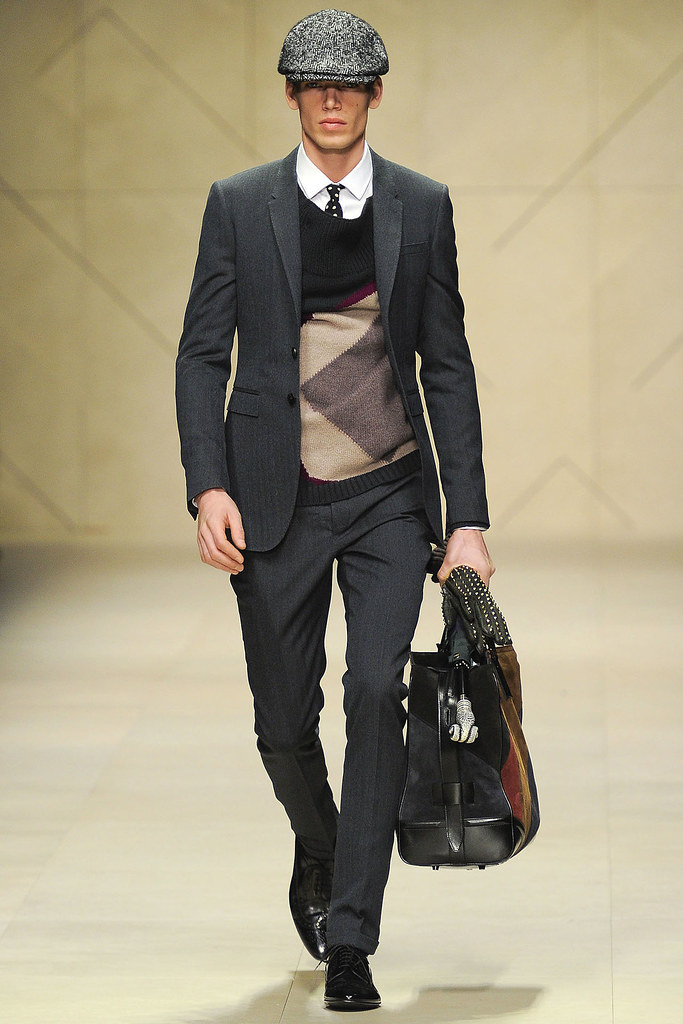 FW12 Milan Burberry Prorsum012_Mark Cox(VOGUE)
