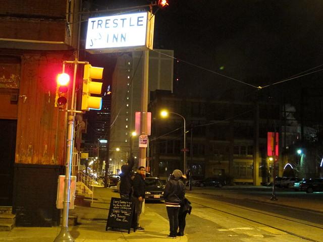 J&J Trestle Inn
