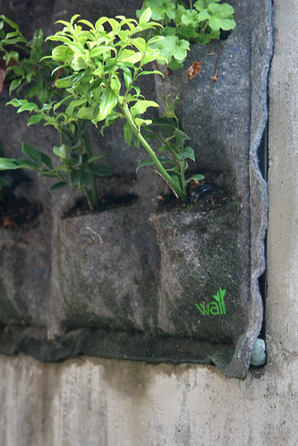 vertical garden pocket detail