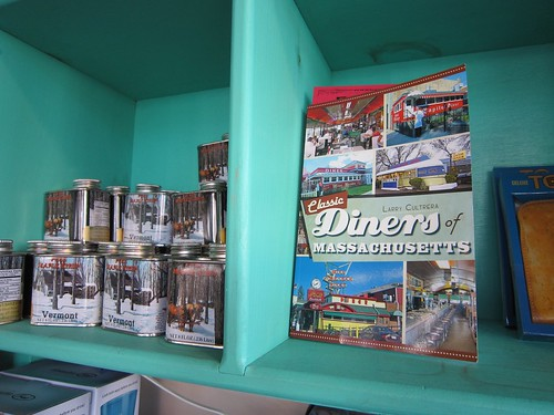 Town Diner Gift Shop - Diners of Massachusetts Book