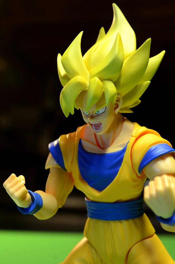 SHF Super Saiyan Goku