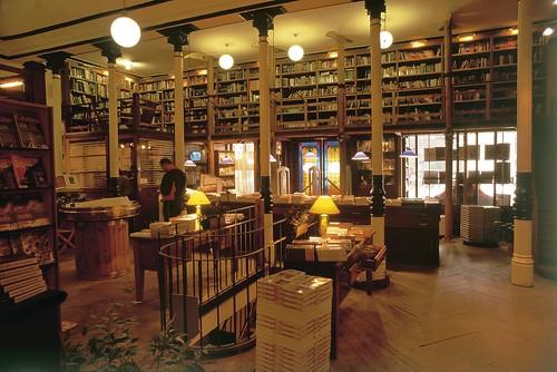 Y el primer destino del gran viaje ser argentina - Libreria desnivel barcelona ...