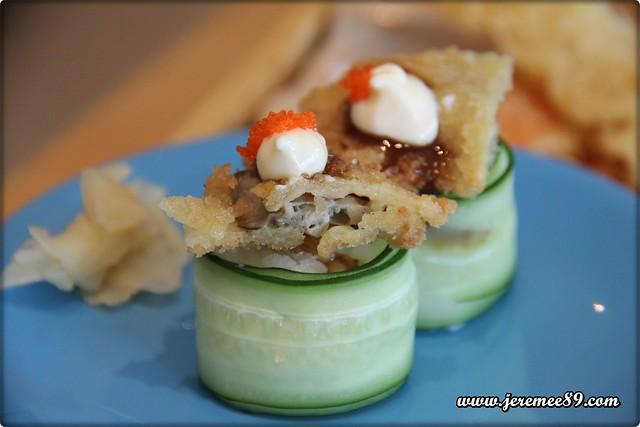 Oh Sushi Japanese Restaurant @ Straits Quay - Kaki Fried Ebiko Sushi
