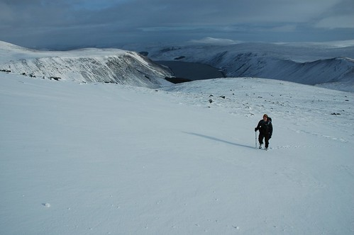 Snow field on Broad Cairn