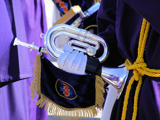 La música acompaña las procesiones. Foto: Daniel Rocal.