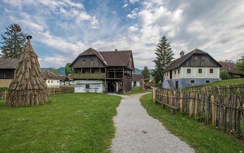 architecture village croatia hrvatska oldvillage hrvatskozagorje nikkor173528 kumrovec zagorje nikond600 etnoselo