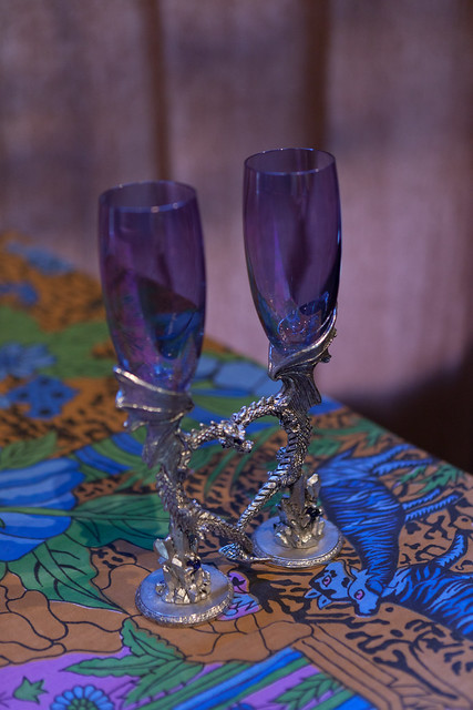 Ceremonial toasting glasses