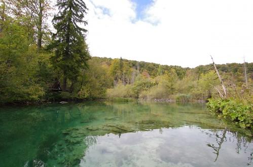 湖のある風景33