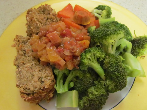 Chickpea and Vegetable Loaf; Spiced Tomato and Peach Relish; steamed broccoli, roasted sweet potato