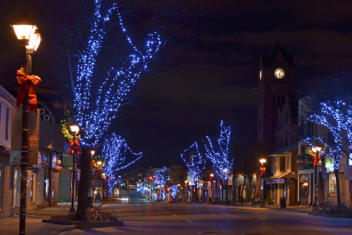 christmas street morning blue trees light red holiday snow tower clock lamp car lights early downtown shadows traffic post streak no empty hill clocktower uptown waterloo lamps posts bows 2011
