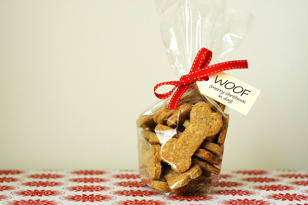 Peanut Butter Doggie Biscuits