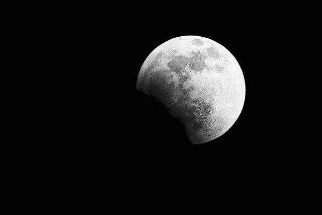 Photo:Lunar Eclipse 6:27pm IST, Nagpur, India By:Tarique Sani